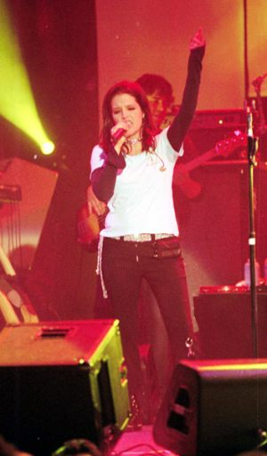 lisa_marie_presley_rock_n_roll